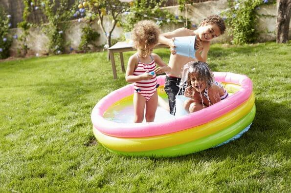 siblings-playing-in-pool-risky-play